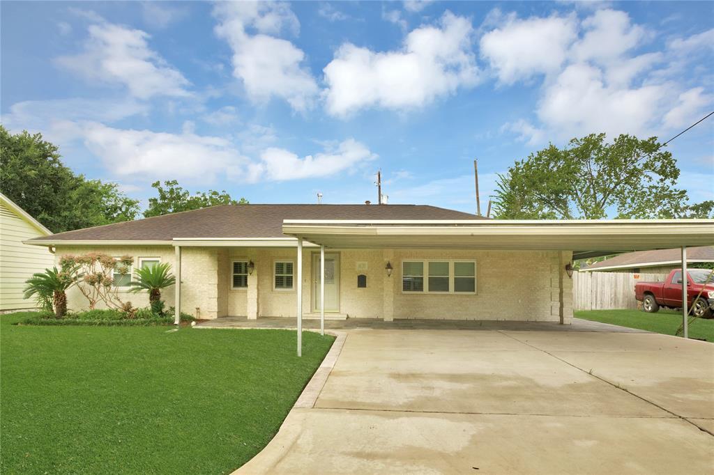 1630 Belin Drive Property Photo - Jacinto City, TX real estate listing