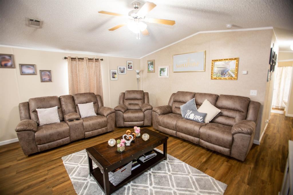 2640 Carlton Drive, Oyster Creek, TX 77541 - Oyster Creek, TX real estate listing