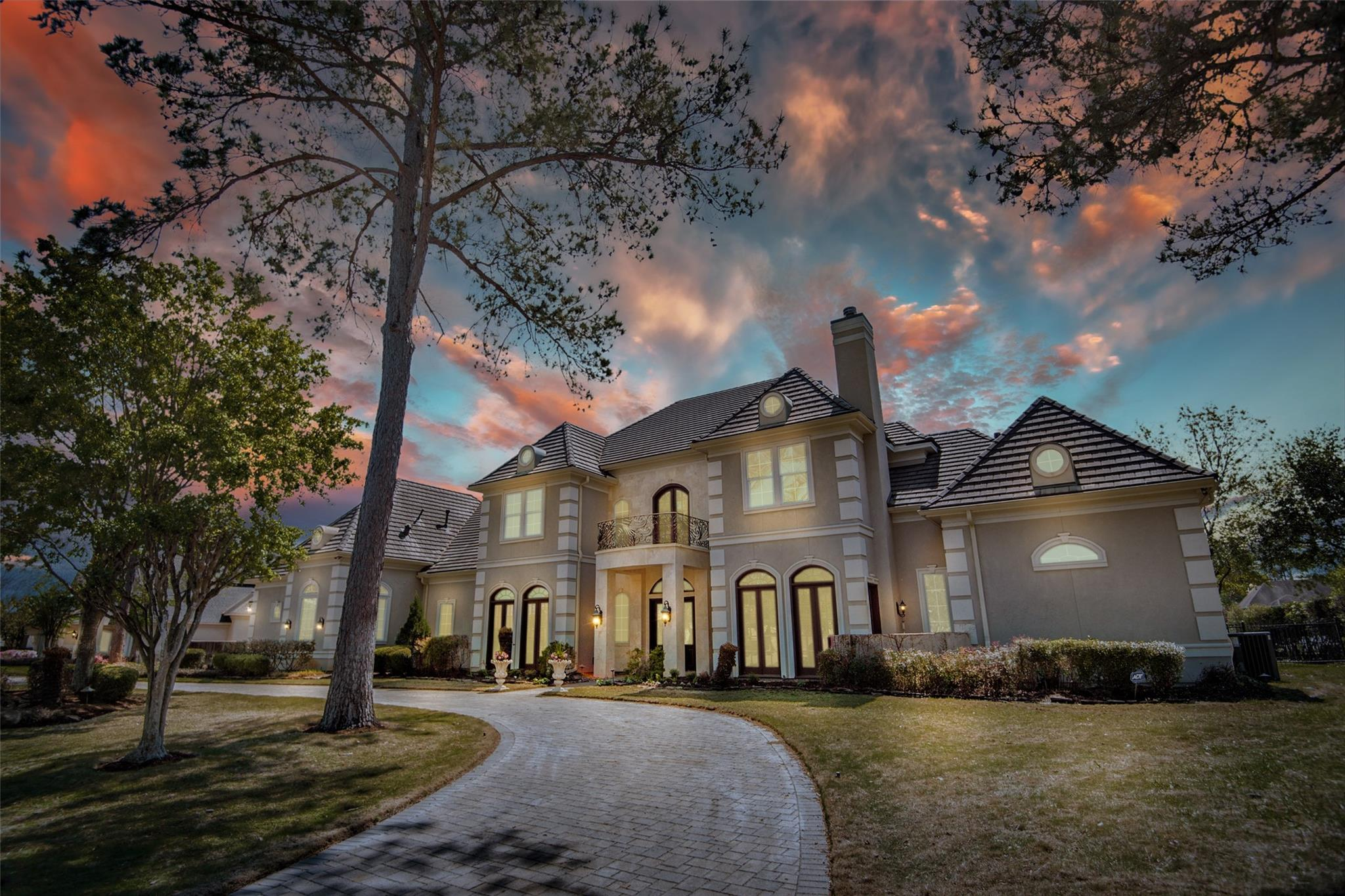 18 Lake Sterling Gate Drive Property Photo - Spring, TX real estate listing