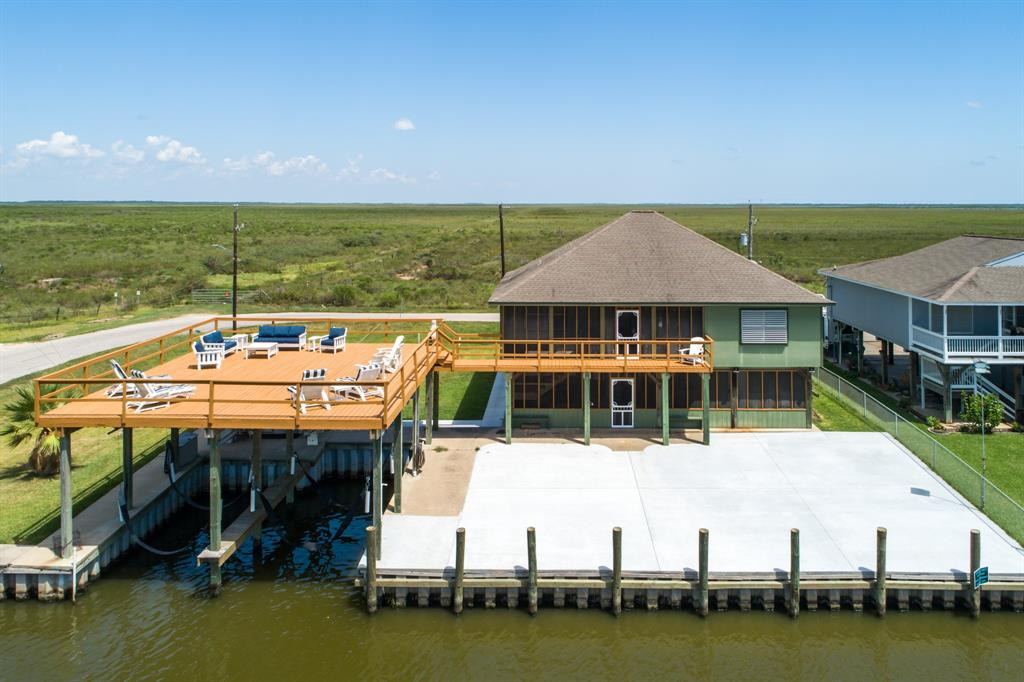 106 Sky Sail Road, Freeport, TX 77541 - Freeport, TX real estate listing