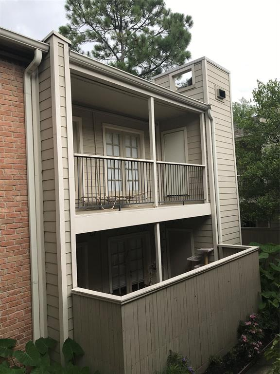 2001 Bering Drive #2F Property Photo - Houston, TX real estate listing