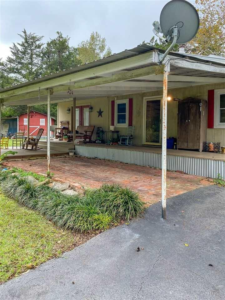 400 Miles Loop Property Photo - Colmesneil, TX real estate listing
