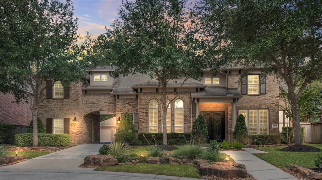 1318 Regal Shores Court Property Photo - Kingwood, TX real estate listing