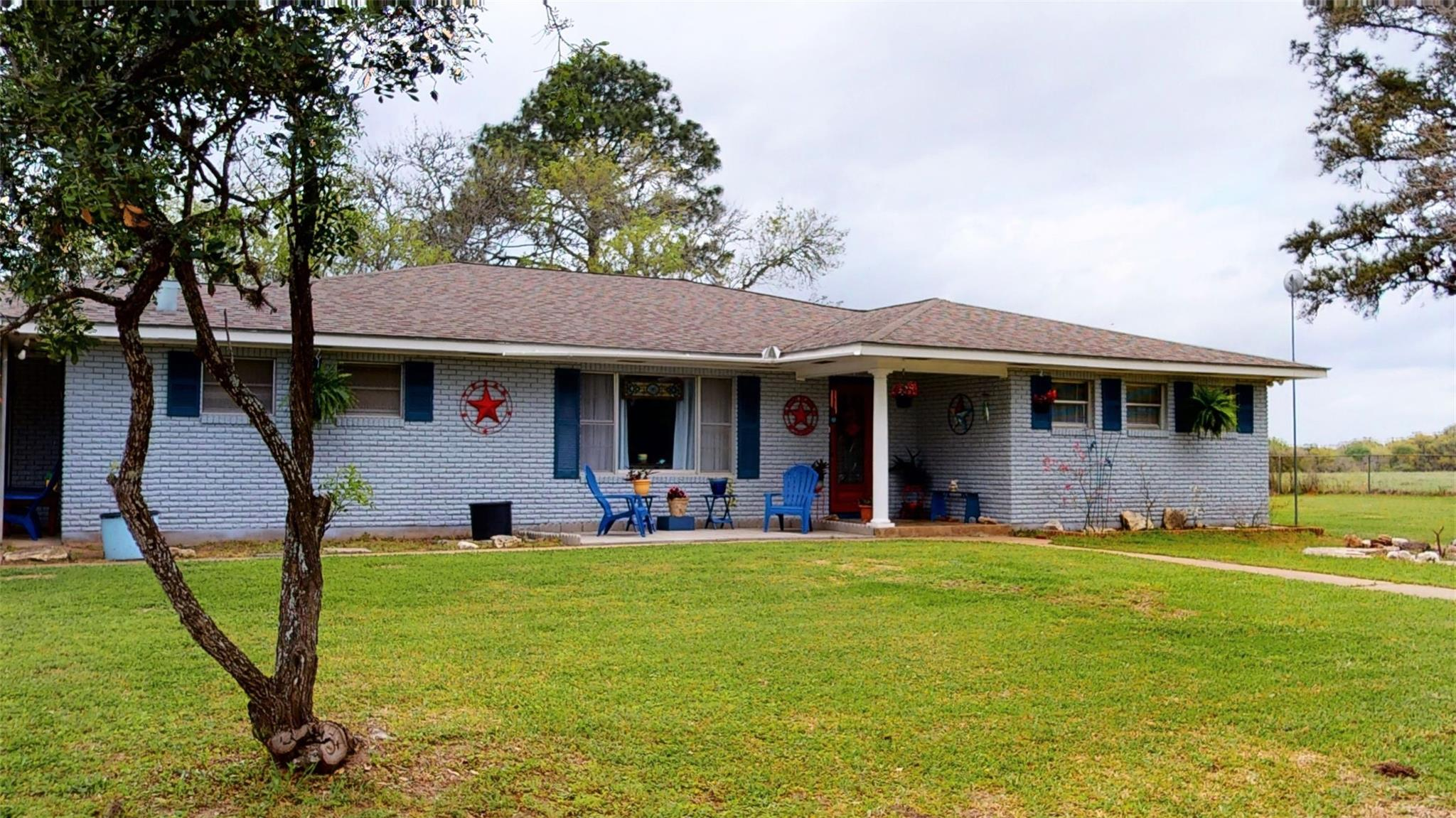 1252 Fm 2437 Property Photo