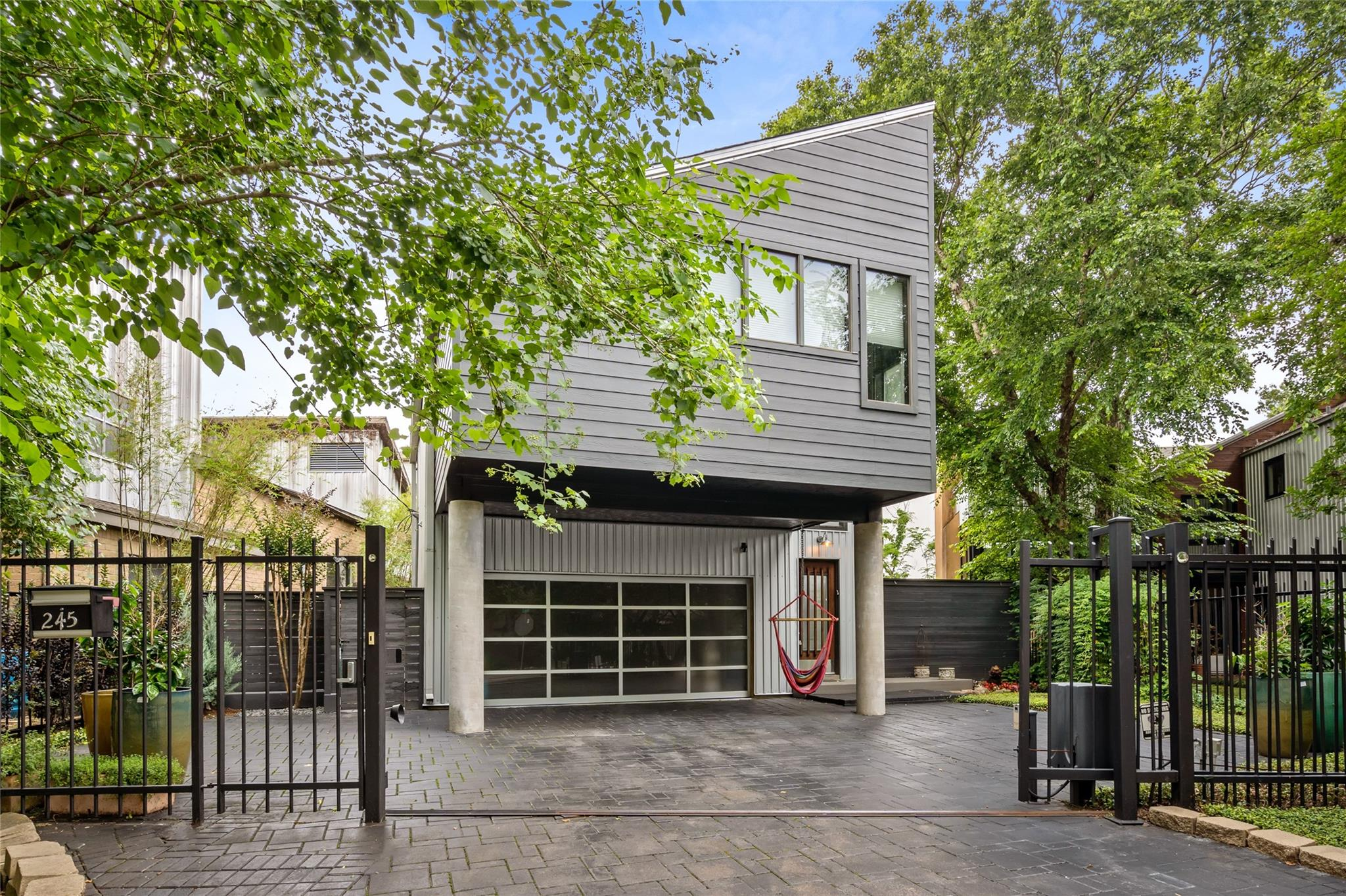 245 Reinicke Street Property Photo 1