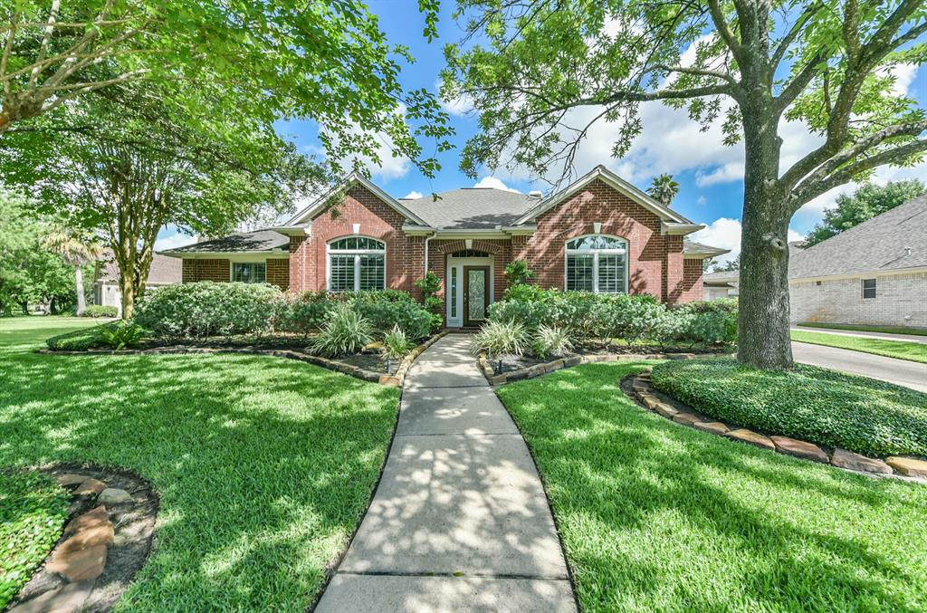 8707 Throckmorton Lane Property Photo - Houston, TX real estate listing