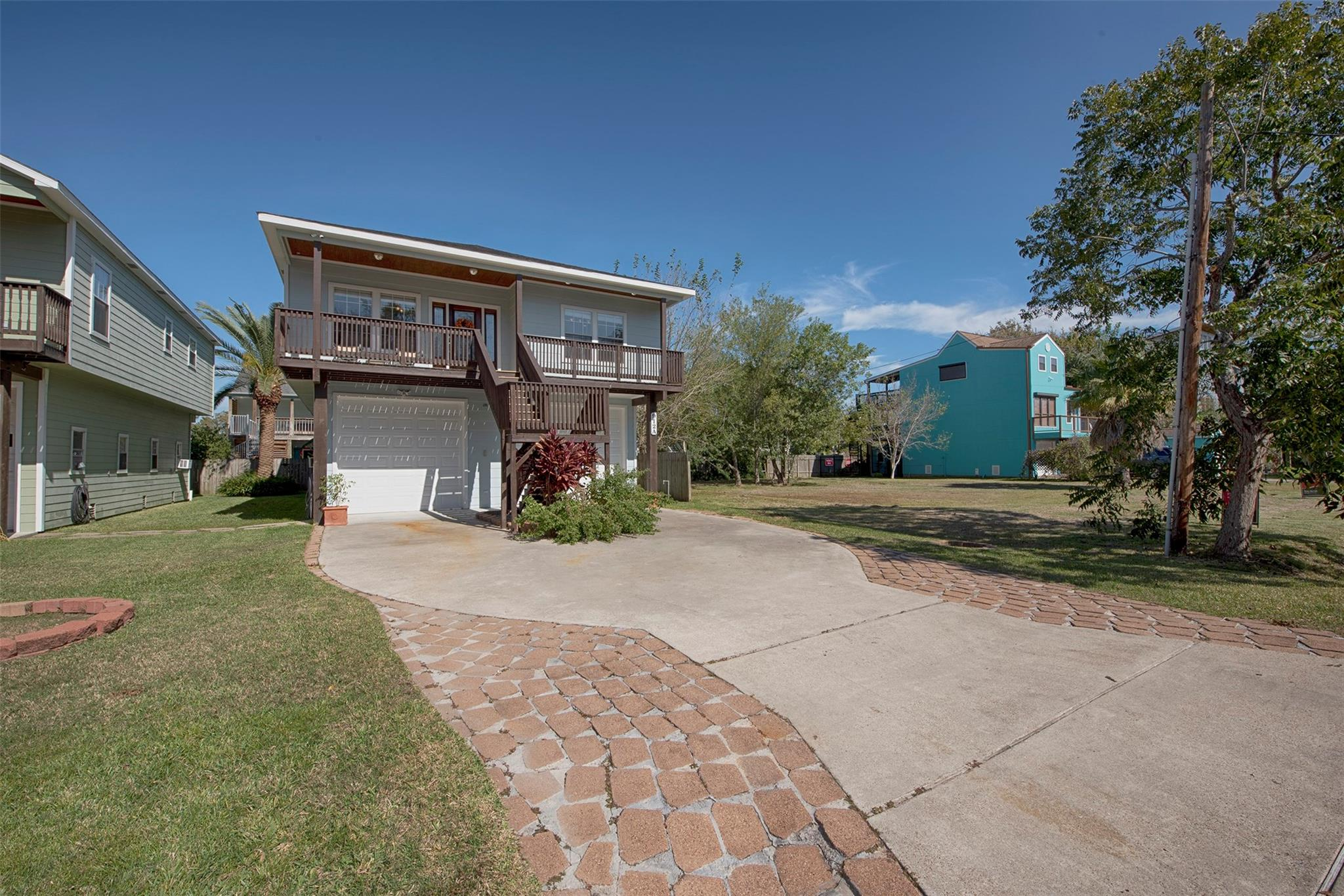 912 Forest Road Property Photo - Clear Lake Shores, TX real estate listing