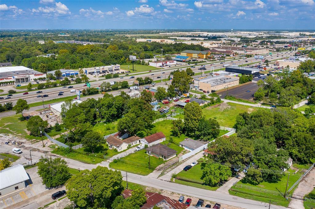 610,608 Blue Bell Road, Houston, TX 77037 - Houston, TX real estate listing