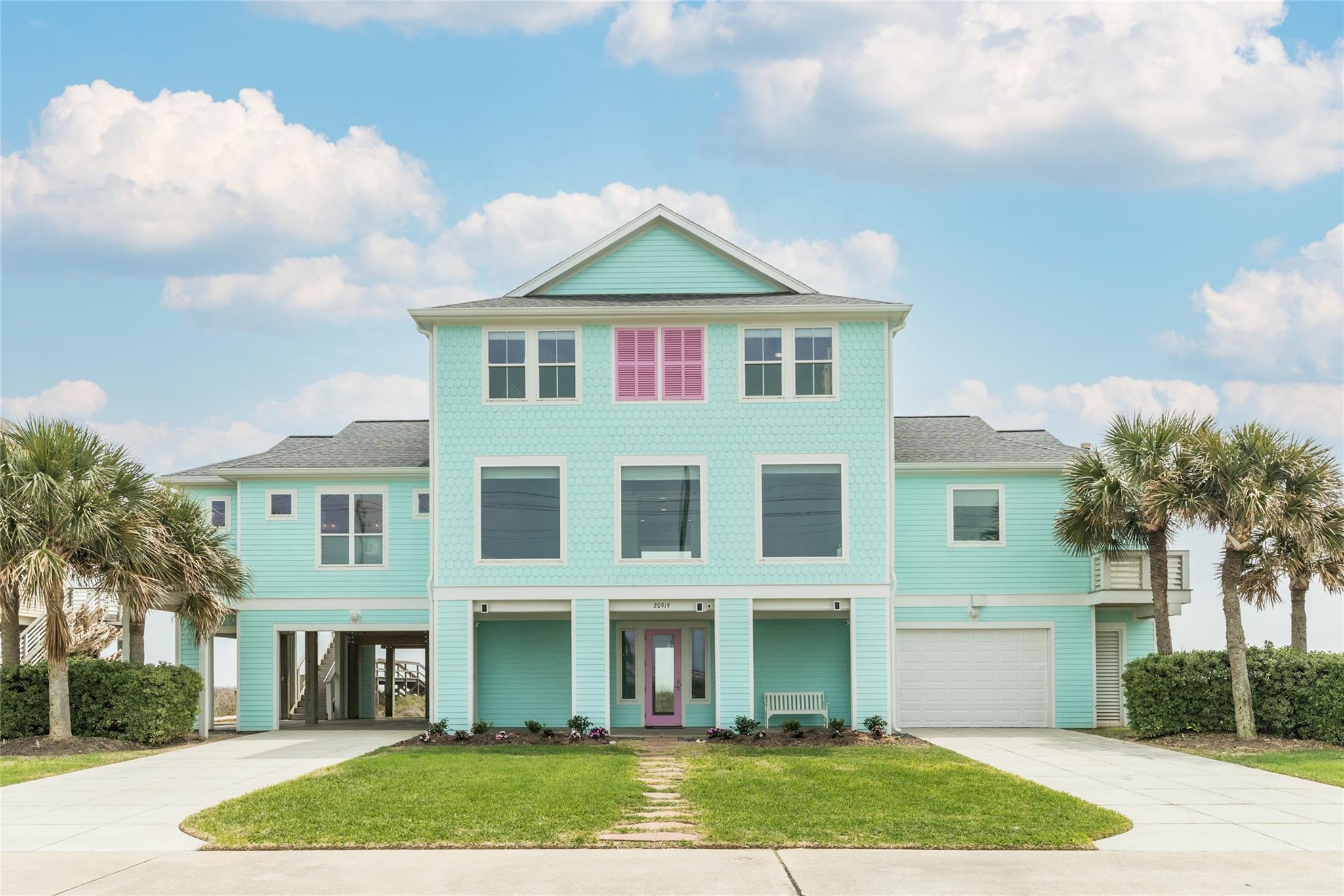 20919 W Sandhill Drive Property Photo - Galveston, TX real estate listing
