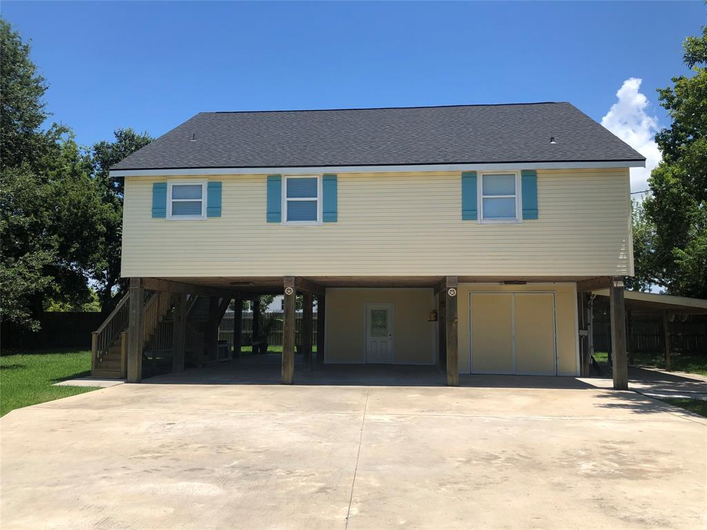 611 Neirbo Road Property Photo - Anahuac, TX real estate listing