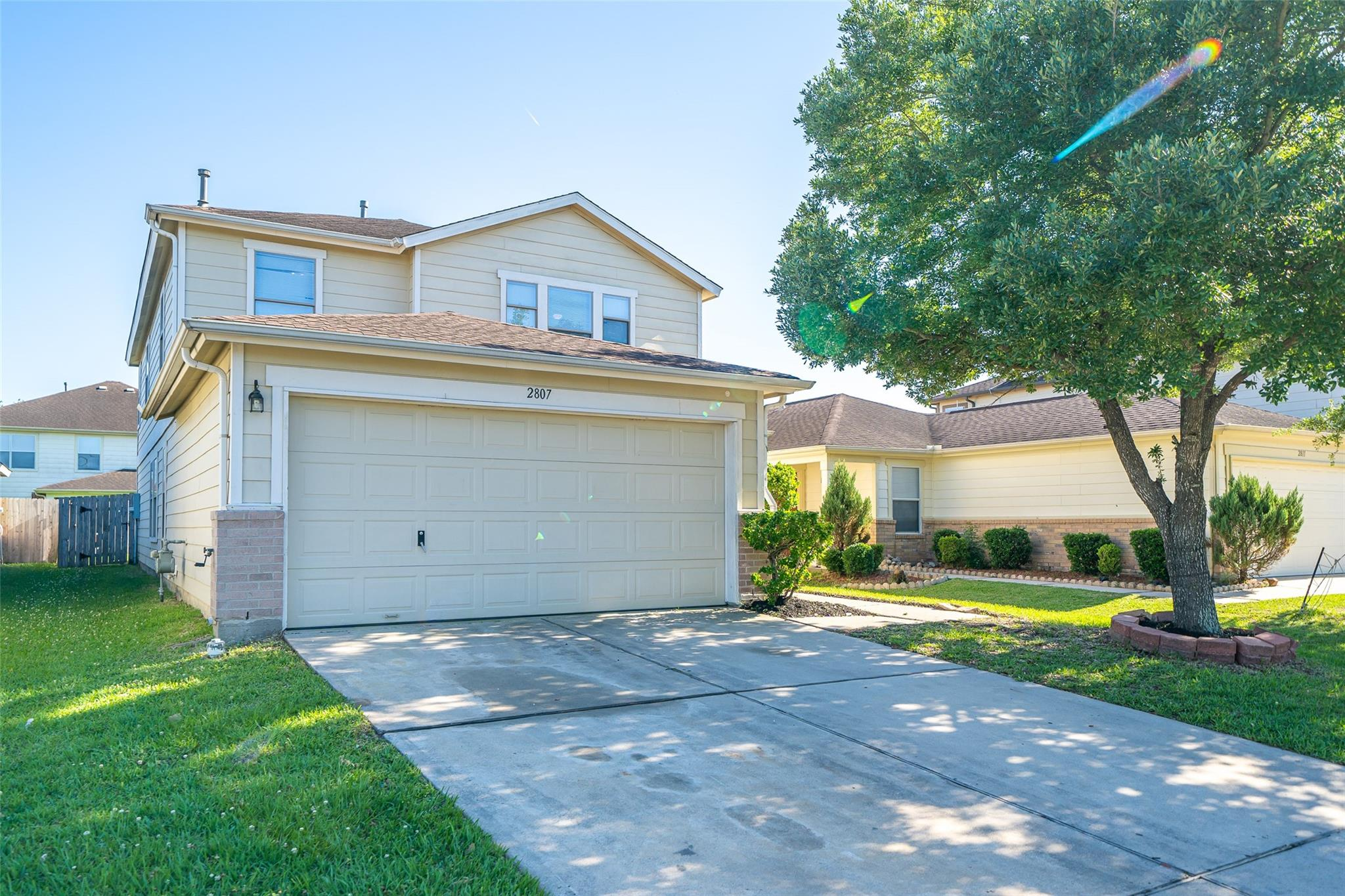 2807 Piney Lake Court Property Photo