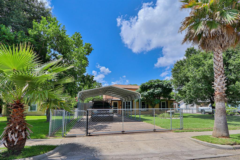 1409 Edmond Avenue Property Photo - Pasadena, TX real estate listing