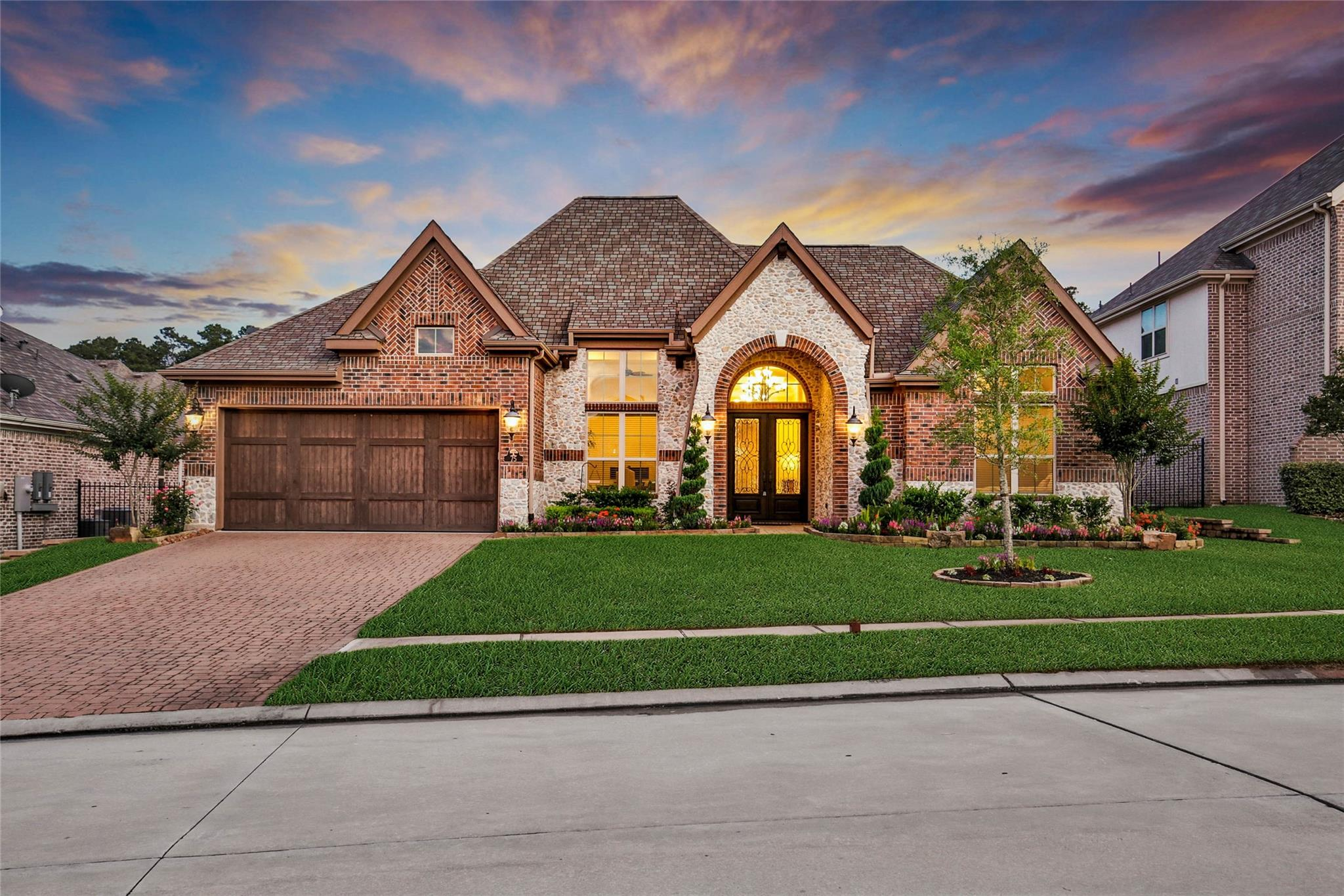 75 Oak Estates Drive Property Photo
