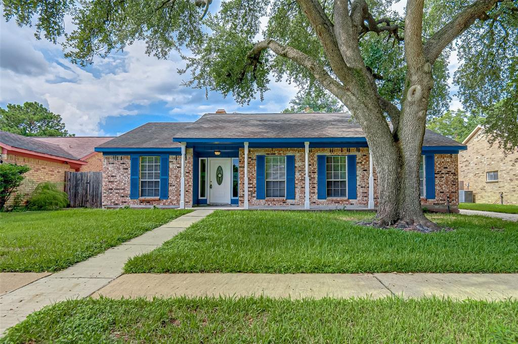 10210 Autumn Harvest Drive Property Photo - Houston, TX real estate listing