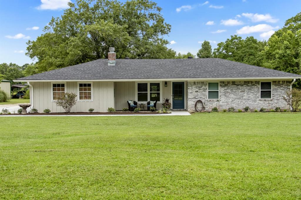 4001 Forest Hills Lane Property Photo - Silsbee, TX real estate listing