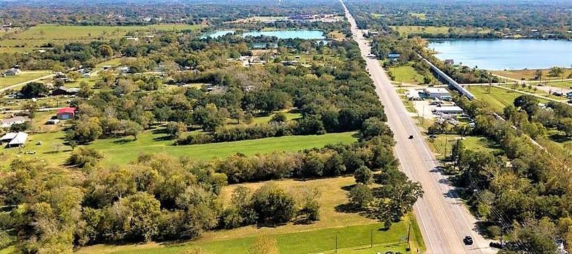 17200 Highway 6 Property Photo