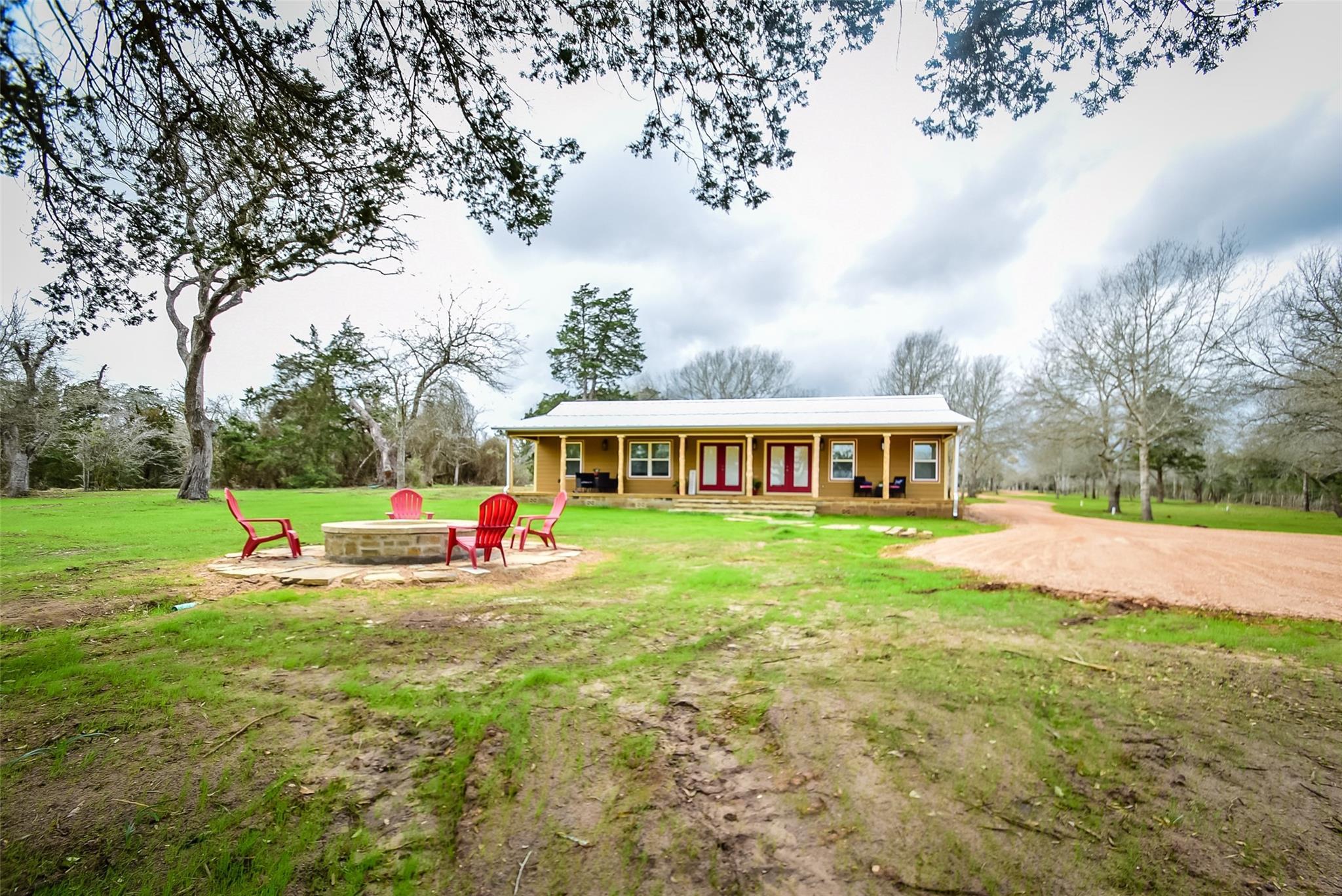 4211 Gebert Road Property Photo - Muldoon, TX real estate listing