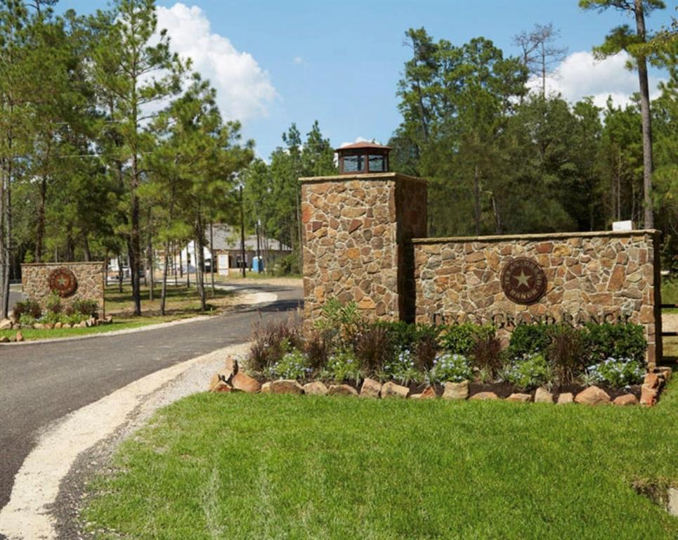 4-16-30 Branding Iron Road Property Photo