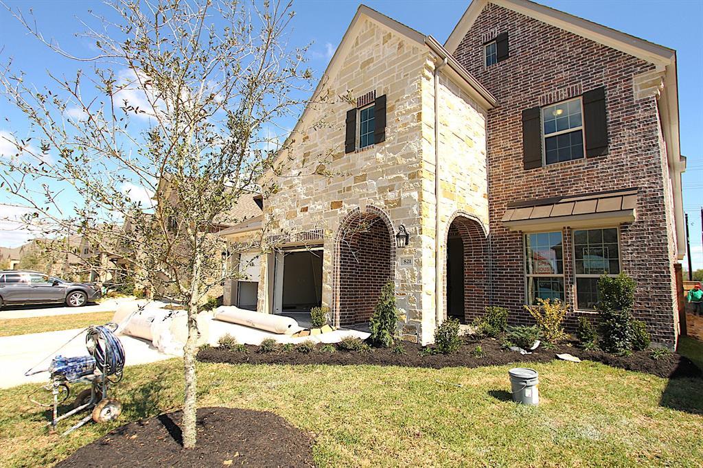 821 Angelina Street, Webster, TX 77598 - Webster, TX real estate listing