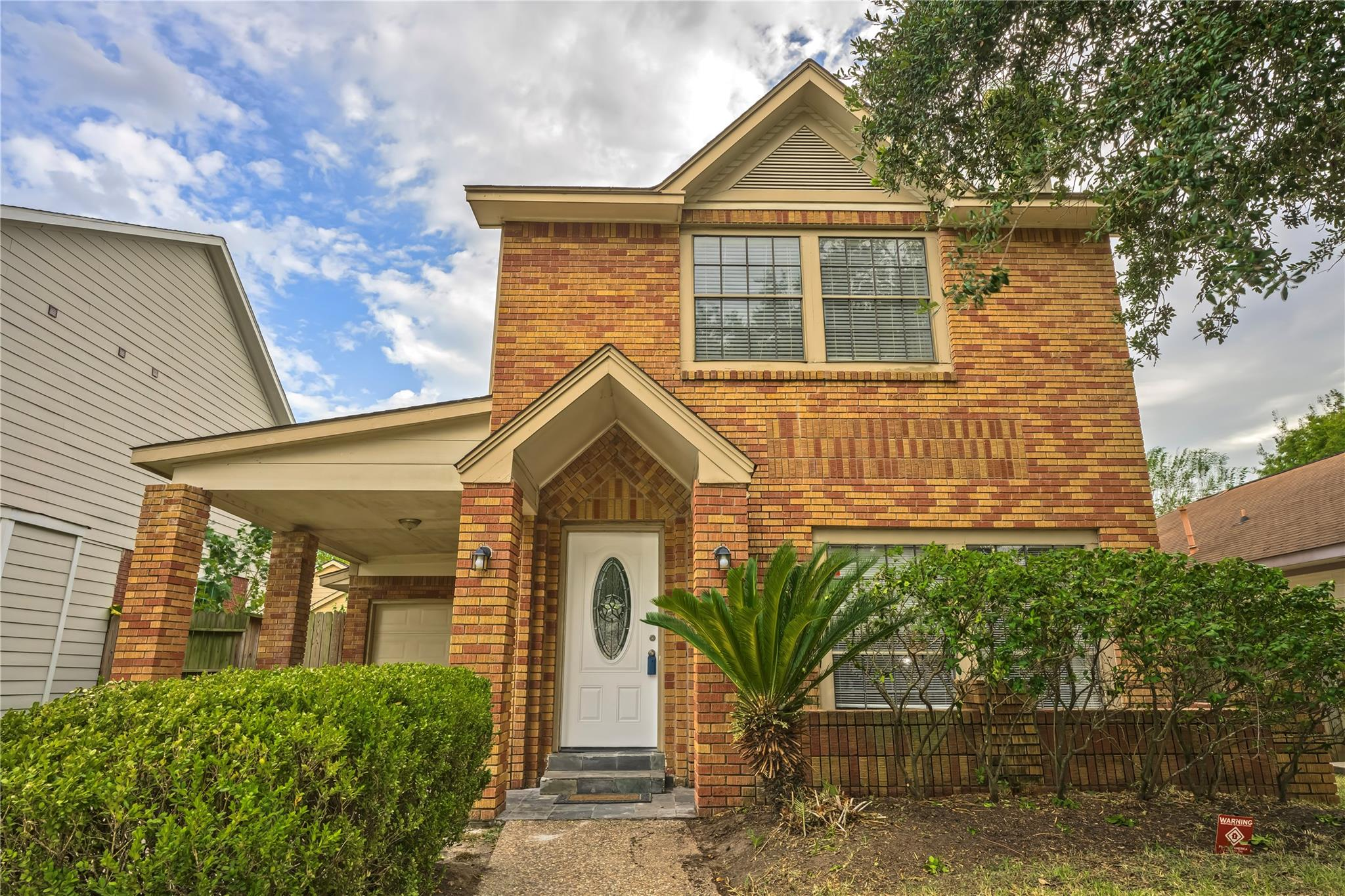 2107 Tomlinson Trail Drive Property Photo - Houston, TX real estate listing