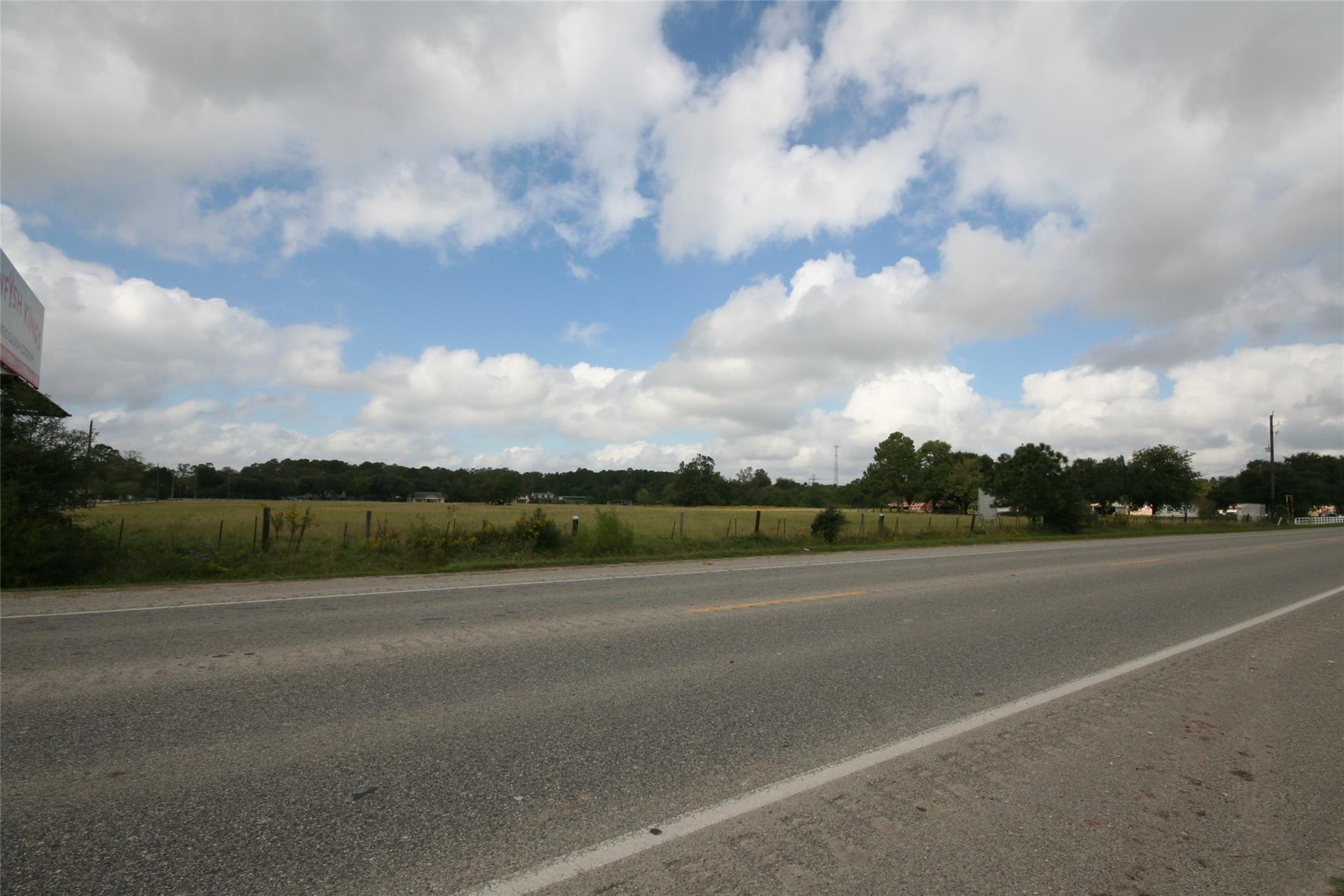 Tbd 8 Acres Fm 2100 Road Property Photo