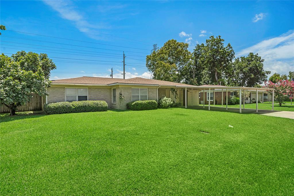 614 Sunset Lane Property Photo - La Marque, TX real estate listing