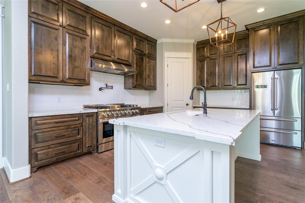 15719 S Tower Circle Property Photo - Santa Fe, TX real estate listing