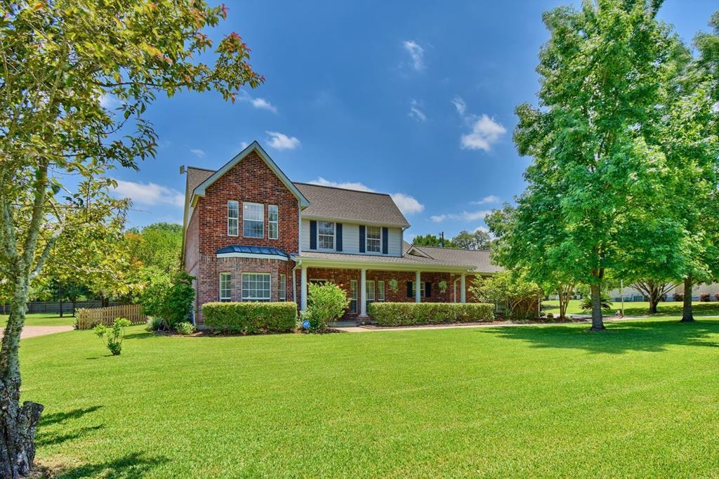 231 Pin Oak Drive Property Photo