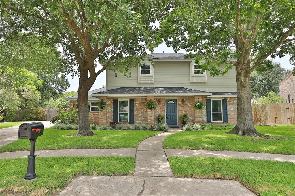 5111 Rolling Timbers Court Property Photo - Houston, TX real estate listing