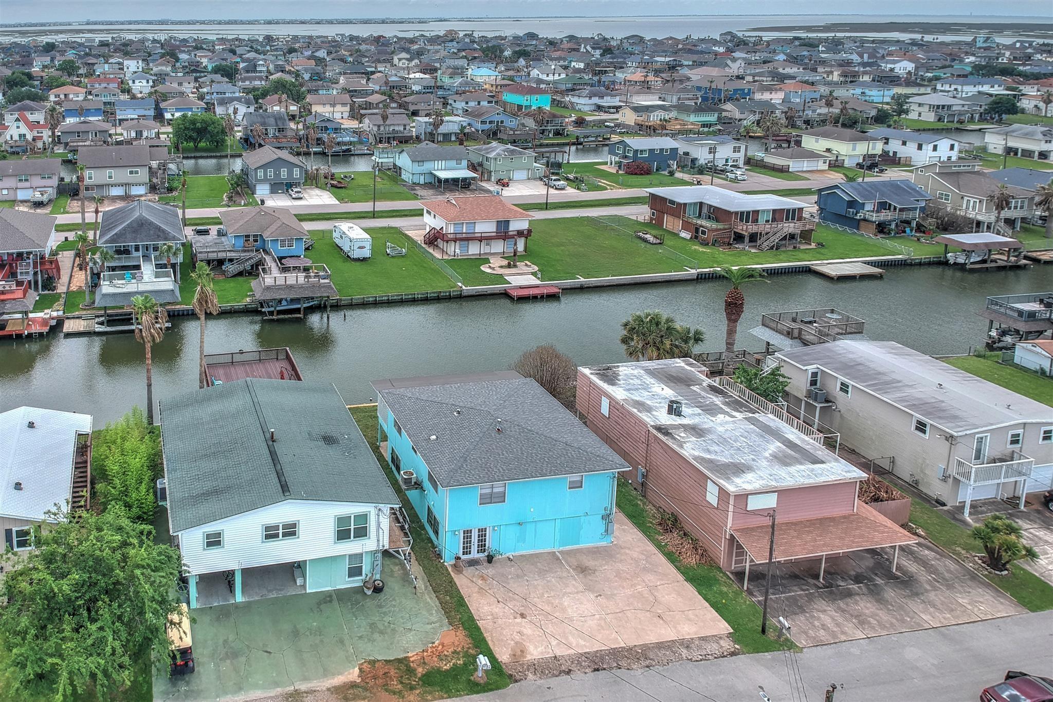 6 Dolphin Street Property Photo