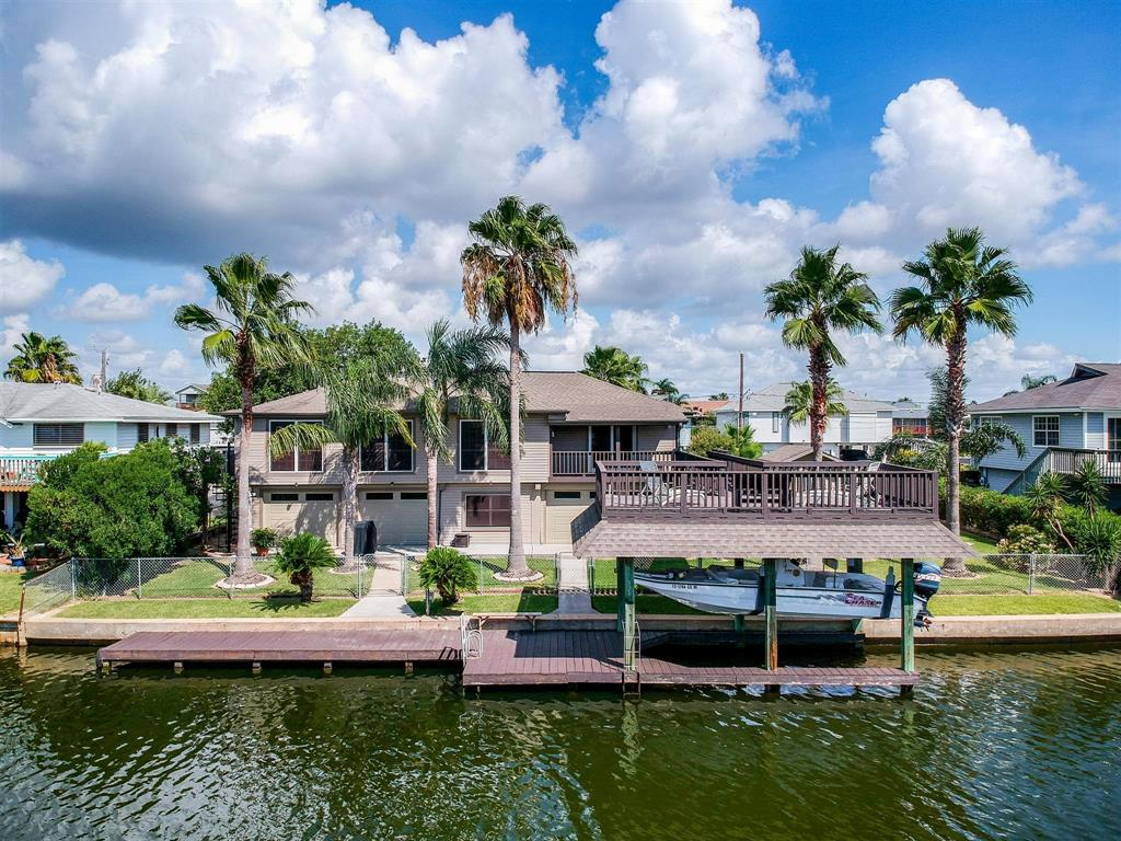 820 Marlin Street Property Photo - Bayou Vista, TX real estate listing