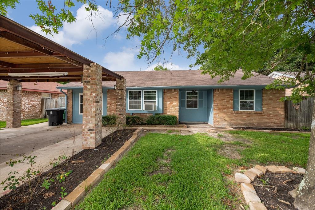 6423 Sandy Oaks Drive Property Photo - Houston, TX real estate listing