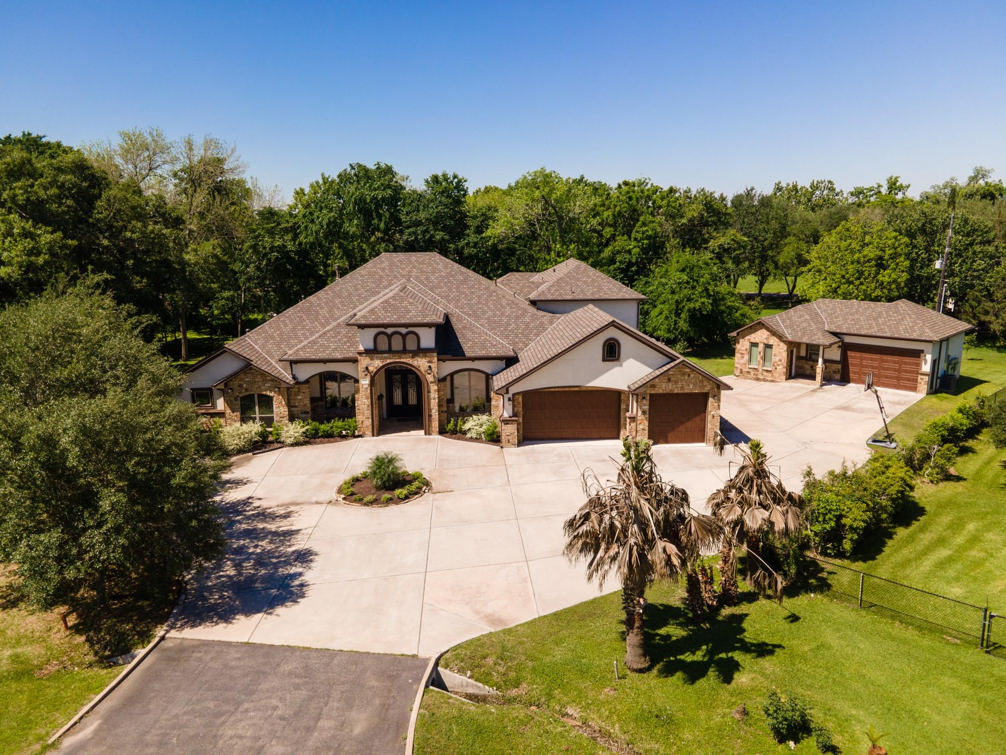 3710 Twin Forks Circle Property Photo