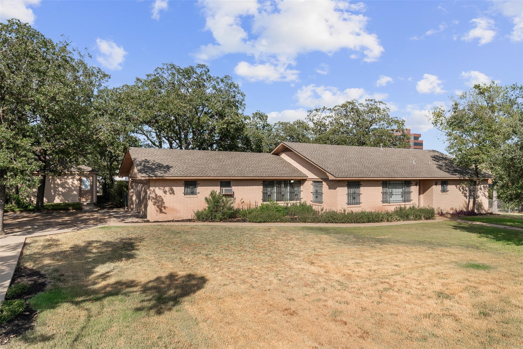 3200 Kent Street Property Photo - Bryan, TX real estate listing