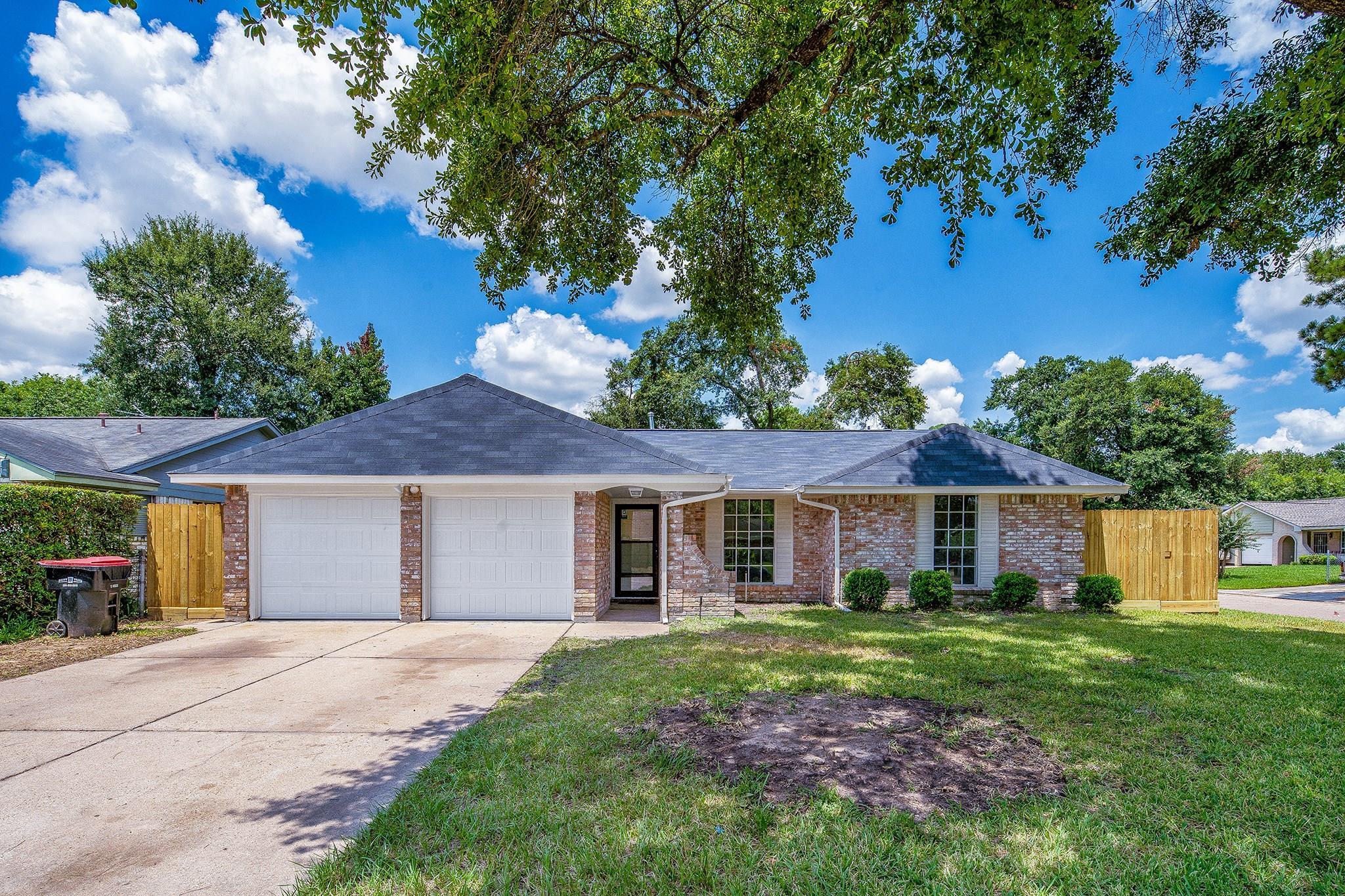 5223 Celestial Lane Property Photo - Houston, TX real estate listing