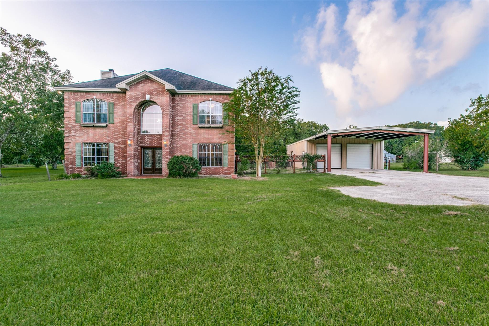 2320 Golden Avenue Property Photo - Bay City, TX real estate listing