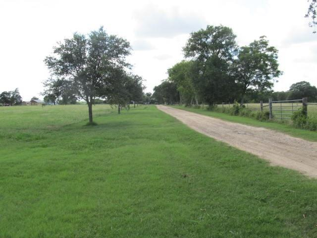 6238 Kovar Road Property Photo - Fayetteville, TX real estate listing