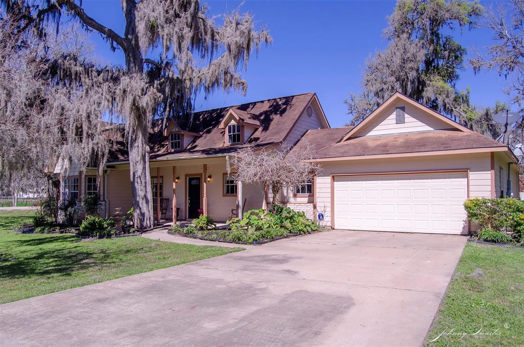 704 Hackamore Road, Simonton, TX 77485 - Simonton, TX real estate listing