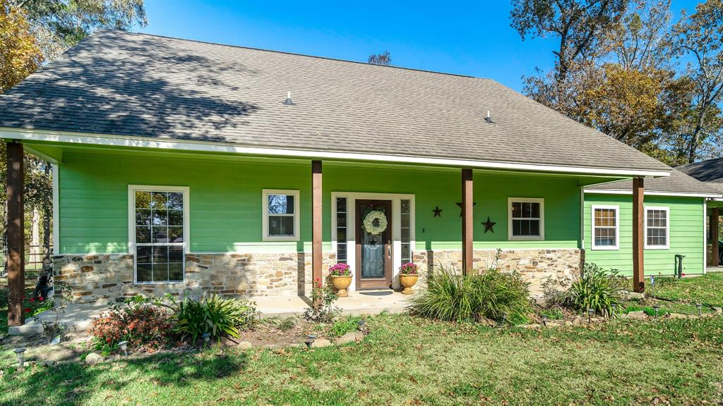13115 Willis Waukegan Road Property Photo - Conroe, TX real estate listing