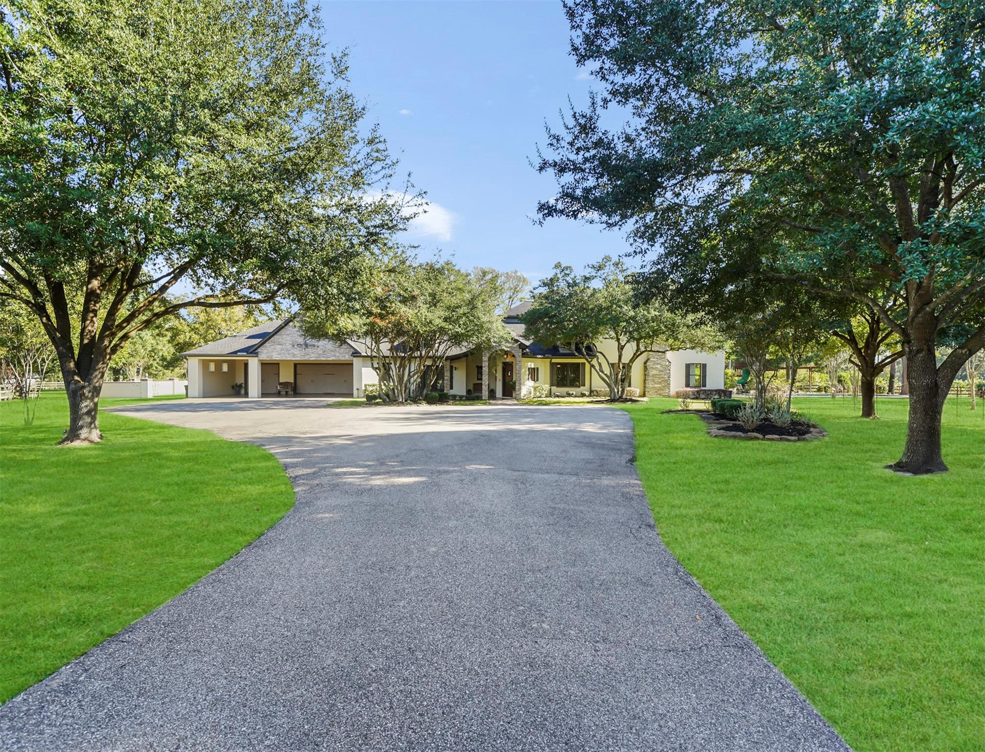10989 Spell Road Property Photo