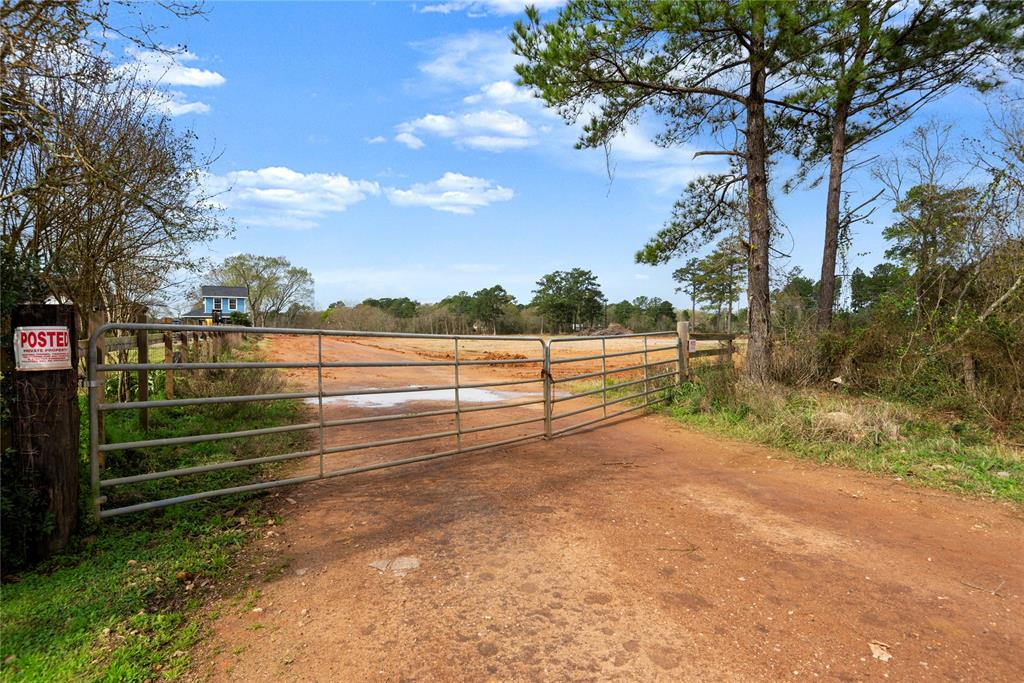 1927-2081 Goodson Loop Property Photo - Pinehurst, TX real estate listing