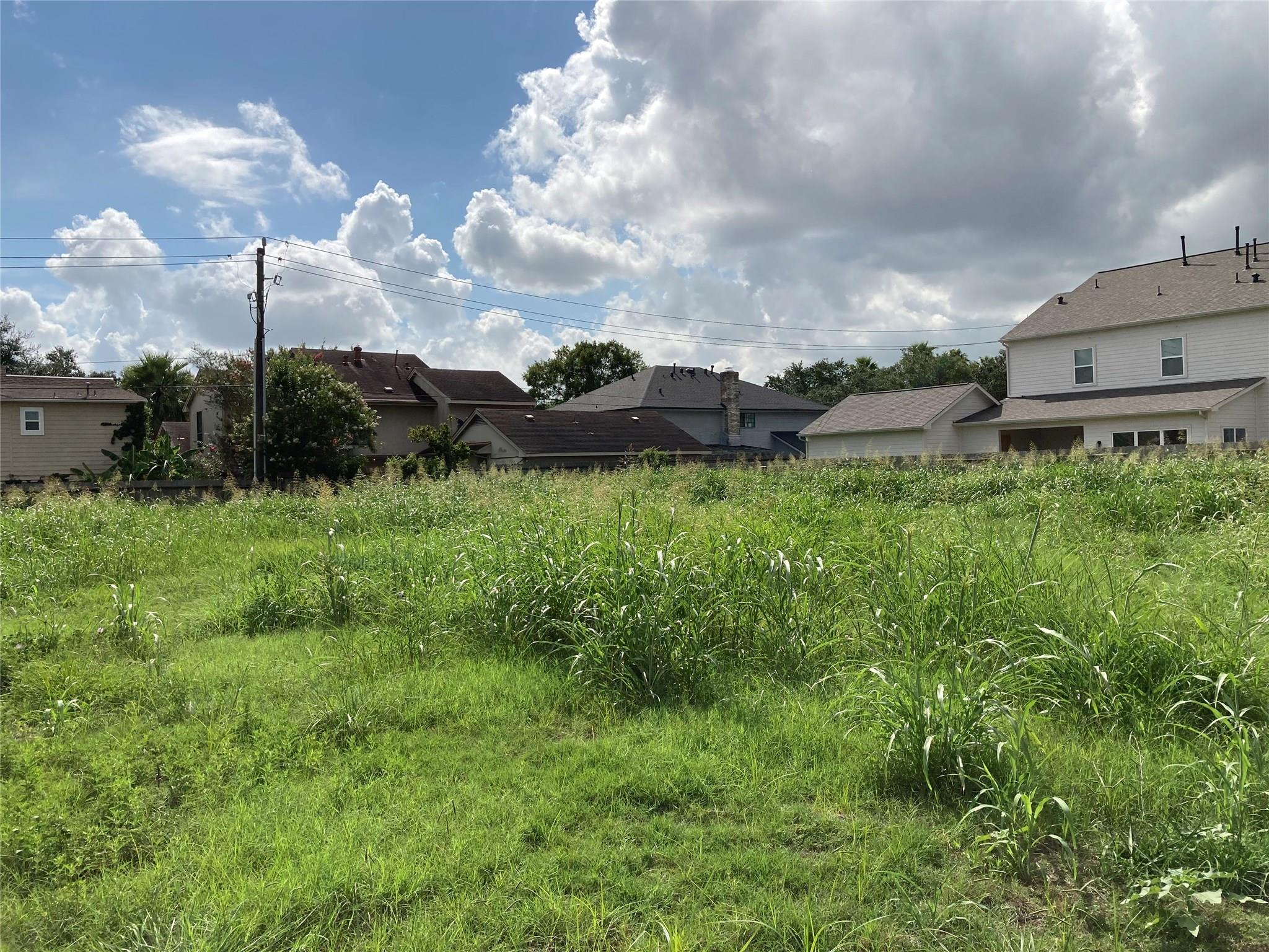 7811 Coachwood Drive Property Photo