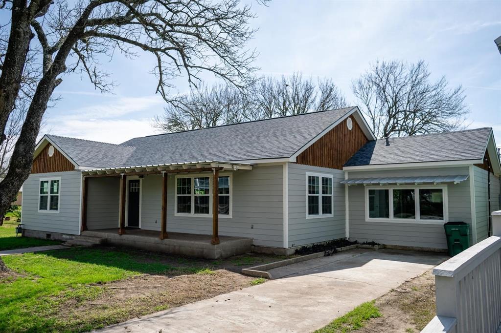 107 Duson Avenue, Palacios, TX 77465 - Palacios, TX real estate listing