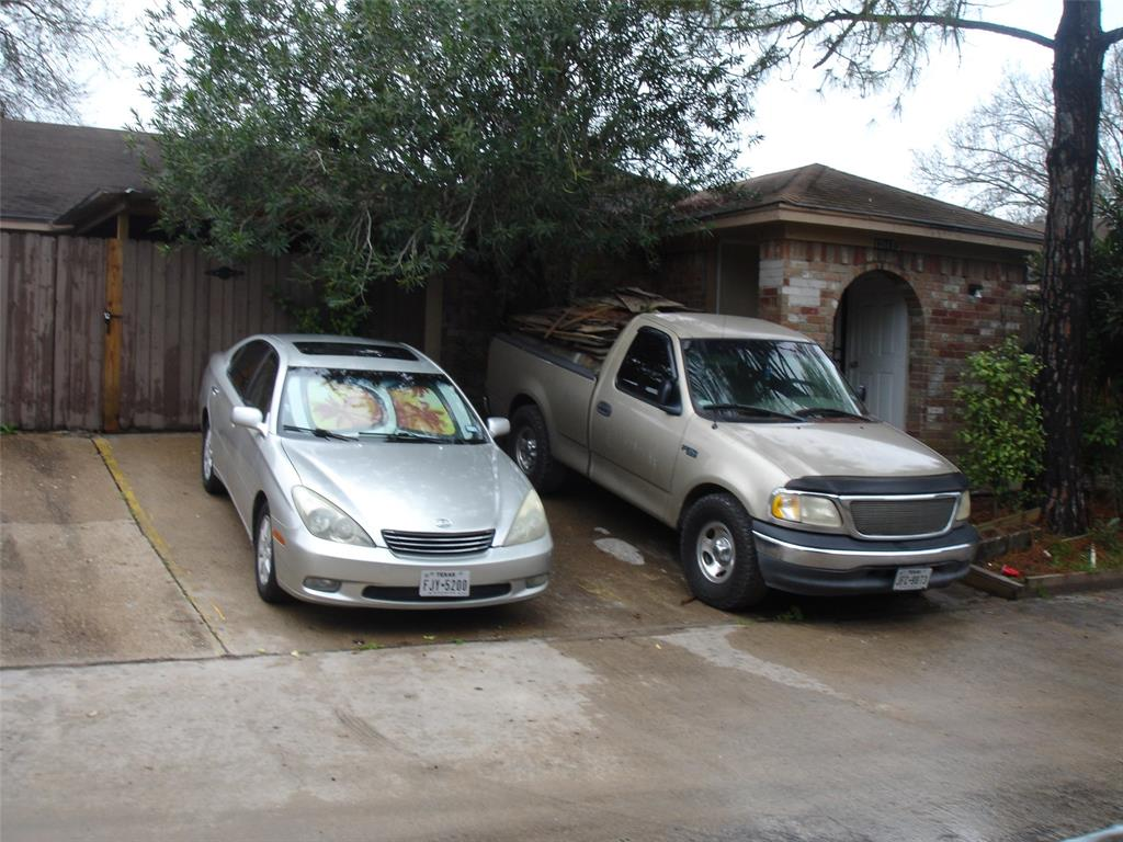 12917 BLACKPOLL UNIT A AND B Property Photo - North Houston, TX real estate listing