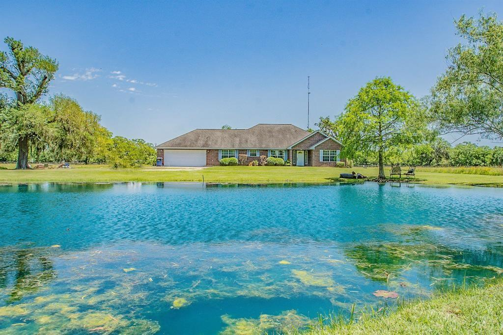 2584 County Road 348A Property Photo - Brazoria, TX real estate listing