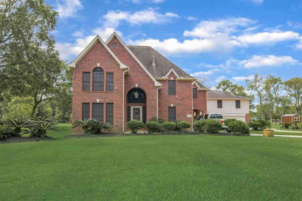 2902 Landmark Drive, Baytown, TX 77521 - Baytown, TX real estate listing
