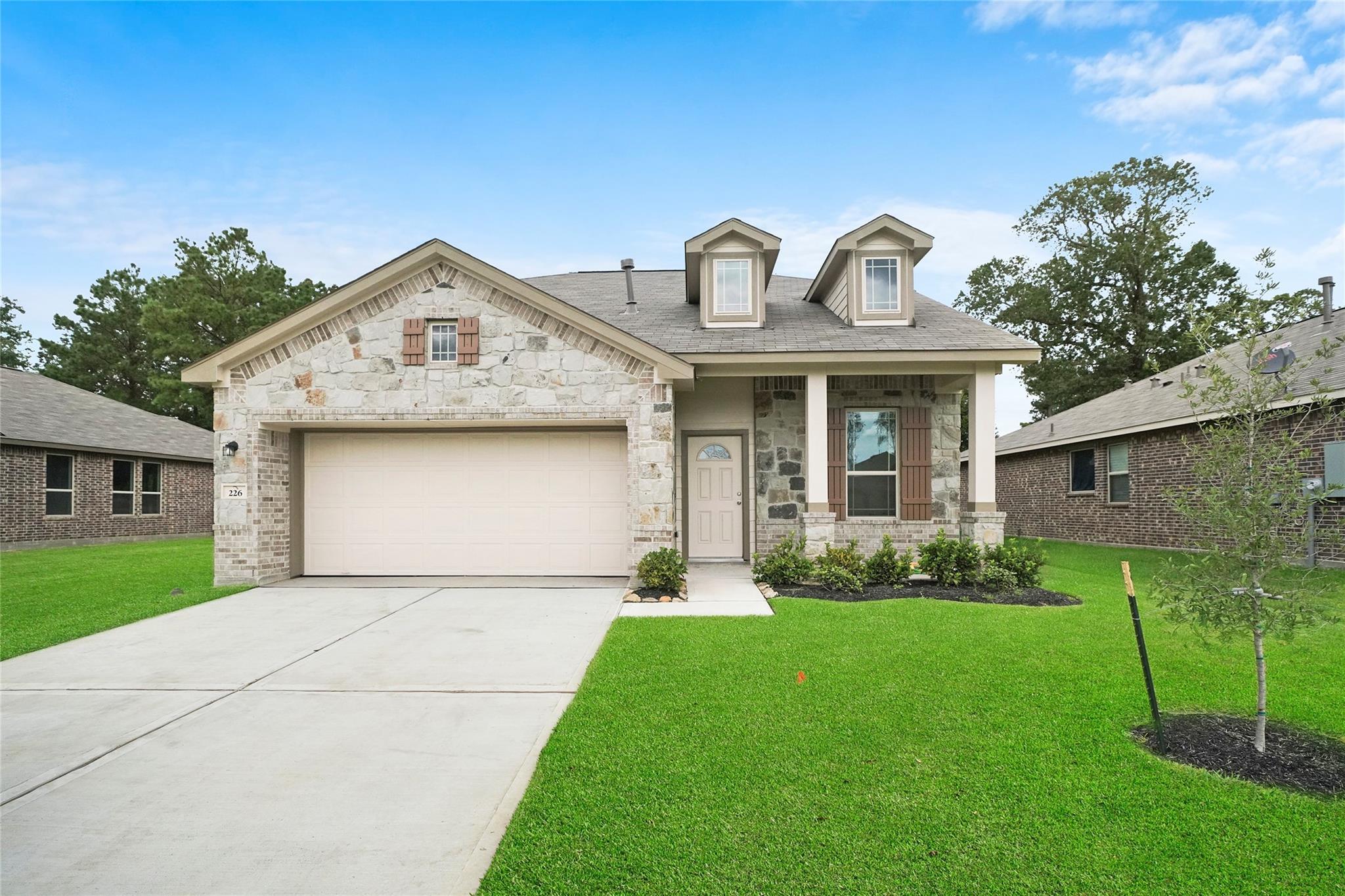 1006 Bernard Meadows Drive Property Photo - East Bernard, TX real estate listing