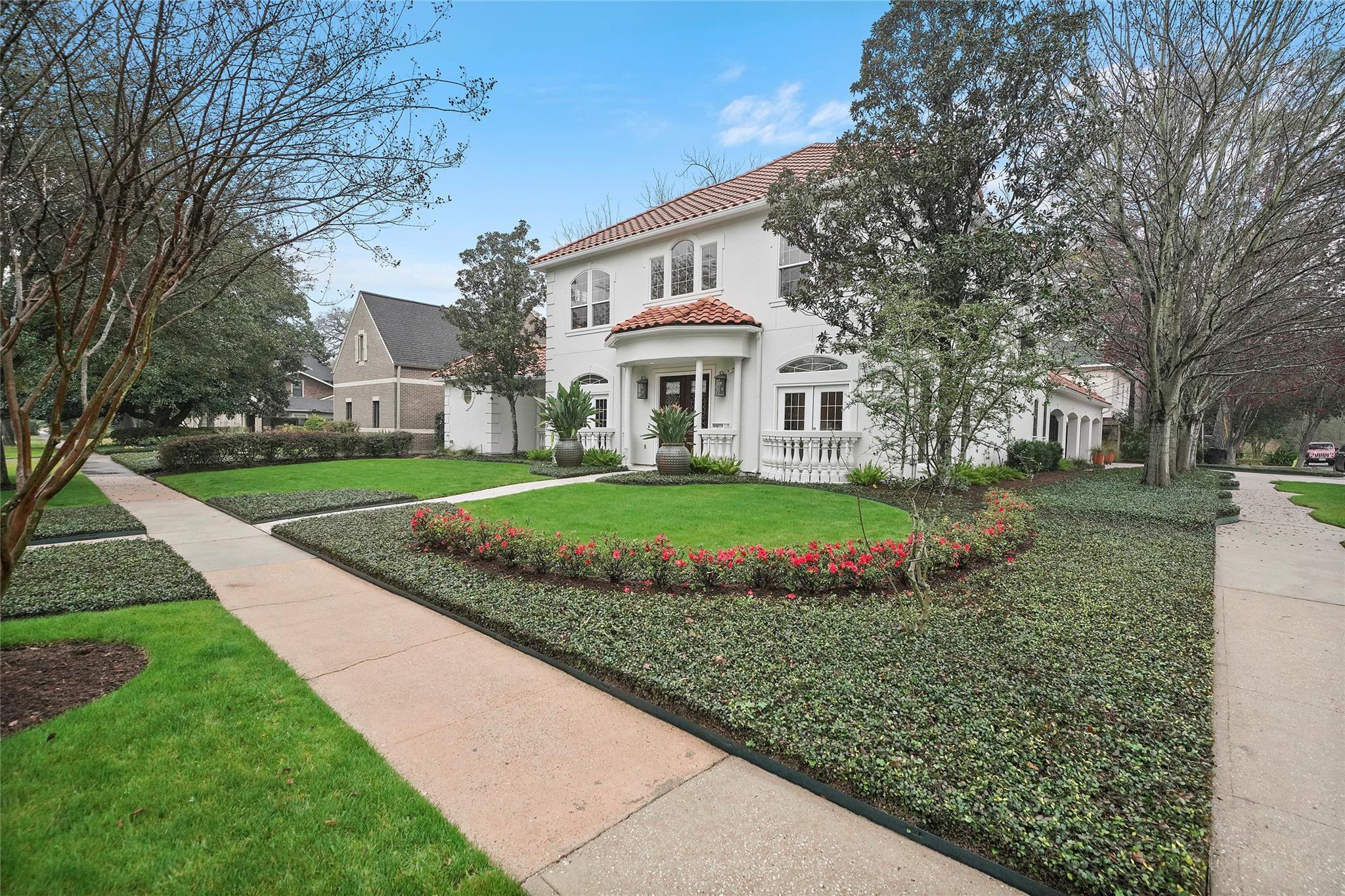 427 W Cowan Drive Property Photo