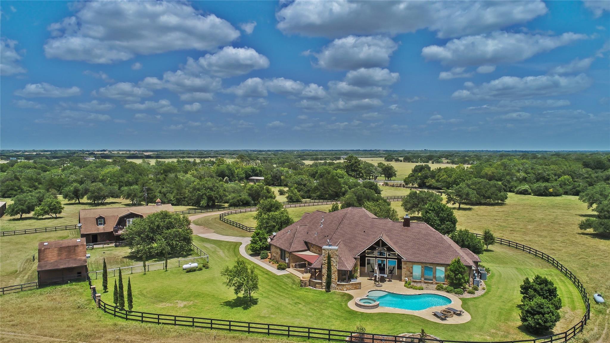 1328 Fm 682 Property Photo - Yoakum, TX real estate listing