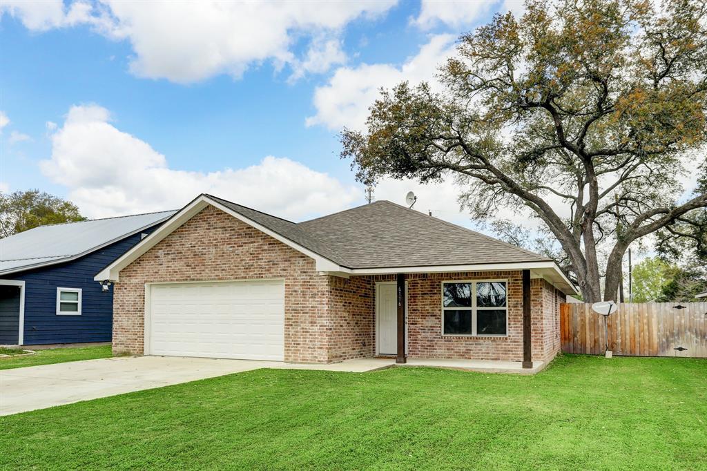 6116 Guyler Street, Wallis, TX 77485 - Wallis, TX real estate listing